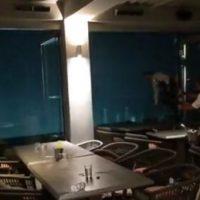 Συγκλονιστικό βίντεο τη στιγμή που χτυπά η καταιγίδα τη Χαλκιδική μέσα από εστιατόριο