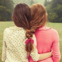 Φίλες για πάντα – Της Ελένης Δεληβοριά