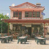 Πρόστιμο 23.000 ευρώ στο μοναδικό καφενείο χωριού της Θεσπρωτίας γιατί η πεθερά… καθάριζε πατάτες!