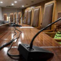 Ξηλώνουν τον Ποινικό Κώδικα του ΣΥΡΙΖΑ: Αυστηροποιούν ποινές – χάδια για μολότοφ, εμπρηστές, βαρυποινίτες και διαφθορά