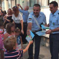 Ενημερωτικά φυλλάδια από αστυνομικούς σε γονείς και μαθητές σε σχολεία της Δυτικής Μακεδονίας