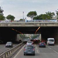 Τραγωδία στη Θεσσαλονίκη: Πήδηξε από γέφυρα για να αυτοκτονήσει και έπεσε σε μοτοσικλετιστή