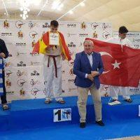 Χάλκινο μετάλλιο για τον Καραγκούλα Χρήστο του Α.Σ. Σπάρτακου Κοζάνης στο Πανευρωπαϊκό Πρωτάθλημα παίδων κορασίδων Taekwondo στην Ισπανία