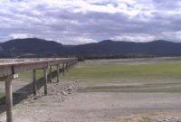 Σε εξαιρετικά χαμηλό σημείο η στάθμη του νερού στην Τεχνητή λίμνη Πολυφύτου