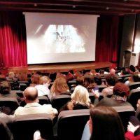 Θερμή υποδοχή στη Σιάτιστα της ταινίας του Νίκου Κουρού «Μια νύχτα στην κόλαση» – Δείτε το βίντεο