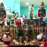 Μεγάλη ποικιλία σε Χριστουγεννιάτικα στολίδια και διακοσμητικά στο κατάστημα Δημιουργίες Like a Dream στην Κοζάνη