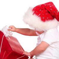 Ένα δώρο για τα Χριστούγεννα, ένα δώρο για όλη τη Χρονιά – Γράφουν οι επιστημονικοί συνεργάτες της Γραμμής 115-25 του «Μαζί για το Παιδί»