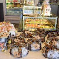 Άρωμα Χριστουγέννων στα καταστήματα deux K στην Κοζάνη – Πάρτε μια «γιορτινή» γεύση