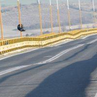 Βίντεο – φωτογραφίες: Με γυμνό μάτι ορατές οι παραμορφώσεις της γέφυρας των Σερβίων – Τι λένε οι κάτοικοι της περιοχής