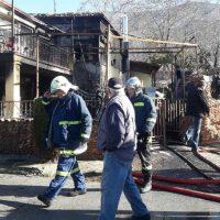 Φωτιά σε διπλοκατοικία στο Βελβεντό Κοζάνης – Μεγάλες υλικές ζημιές – Δείτε βίντεο και φωτογραφίες