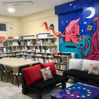 """Ο """"Μανόλο Κάπα"""" φιλοτέχνησε τη βιβλιοθήκη του Κέντρου Ευρωπαϊκής Πληροφόρησης Δυτικής Μακεδονίας στην Φλώρινα"""