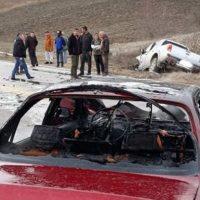 Σοβαρό τροχαίο ατύχημα στα Γρεβενά – Στις φλόγες αυτοκίνητο έπειτα από σύγκρουση με αγροτικό