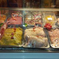 Μεγάλη ποικιλία κρεάτων και κοτολιχουδιών για τη Μεγάλη Αποκριά από εκλεκτά καταστήματα της Κοζάνης