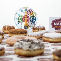 Nanou Donuts στην Κοζάνη: Αυθεντικά donuts και καφές με ένα τηλεφώνημα στην πόρτα σας!