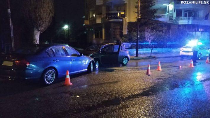 Τροχαίο ατύχημα στην Κοζάνη: Μετωπικη σύγκρουση αυτοκινήτων στην οδό Μακρυγιάννη – Δείτε βίντεο και φωτογραφίες