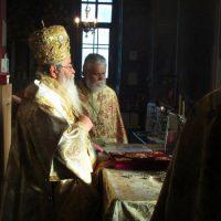 Με λαμπρότητα τελέστηκε η Αρχιερατική Θεία Λειτουργία στον Ιερό Ναό του Αγίου Διονυσίου εν Ολύμπω στο Βελβεντό
