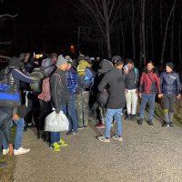 Η Τουρκία στέλνει πρόσφυγες στα σύνορα με την Ελλάδα