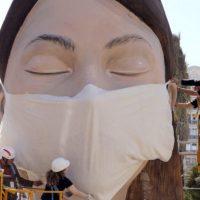 Πρόσωπο και προσωπείο – Γράφει ο Απόστολος Παπαδημητρίου για τη χρήση μάσκας κατά του κορονοϊού