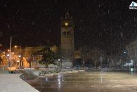Πυκνή χιονόπτωση στην Κοζάνη το βράδυ της Τετάρτης 1 Απριλίου – Δείτε το βίντεο