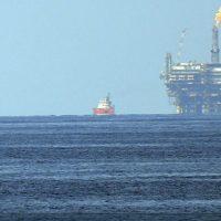 Το κραχ του αιώνα στο πετρέλαιο: Σε αρνητική τιμή τα συμβόλαια του αμερικανικού αργού