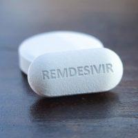 ΗΠΑ: Κατεπείγουσα έγκριση στο πειραματικό αντιιικό φάρμακο ρεμδεσιβίρη ως φάρμακο για τον κορονοϊό