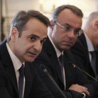 Φουντώνουν τα σενάρια για ανασχηματισμό – Μετακινήσεις υπουργών και αλλαγές υφυπουργών στο τραπέζι