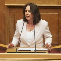 Κοινοβουλευτική ερώτηση της Καλλιόπης Βέττα για τους επενδυτές φωτοβολταϊκών Δυτικής Μακεδονίας