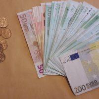 Εξιχνιάσθηκαν 13 περιπτώσεις απάτης σε βάρος κυρίως ηλικιωμένων στη Φλώρινα – Συνελήφθη 43χρονη αλλοδαπή – Αναζητούνται ακόμη δυο συνεργοί