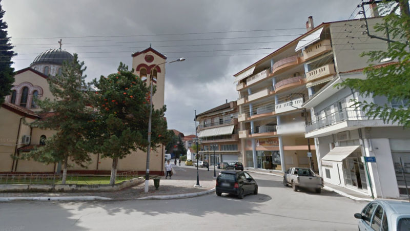 Διάρρηξη σε διαμέρισμα στην Πτολεμαΐδα: Είπε «καλημέρα» στους διαρρήκτες του σπιτιού της όταν ήρθαν τετ α τετ στην είσοδο της πολυκατοικίας
