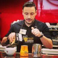 1η Οκτωβρίου: Παγκόσμια ημέρα καφέ – Ο ρόλος του Barista – Γράφει ο Άγγελος Γκαντιάς