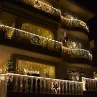 Άναψε και φέτος το «Σπίτι των Χριστουγέννων» στην Κοζάνη – Εντυπωσιακός στολισμός άλλη μια χρονιά – Δείτε βίντεο και φωτογραφίες