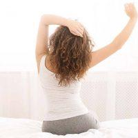5 πρωινές συνήθειες για να ξεκινήσετε τη μέρα σας