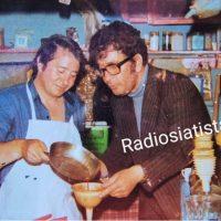 1969 στη Σιάτιστα: Όταν έψηναν Ελληνικό καφέ στο… τηγάνι – Δείτε βίντεο και φωτογραφία
