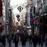Ανοίγει το λιανεμπόριο σε Θεσσαλονίκη και Αχαΐα – Τι επαναλειτουργεί από τη Δευτέρα – Τι είπε για το Πάσχα ο Ν. Χαρδαλιάς