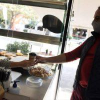 Πόσο θα ανέβει η τιμή του καφέ: Το καλό και το κακό σενάριο για take away, καφετέριες και σούπερ μάρκετ