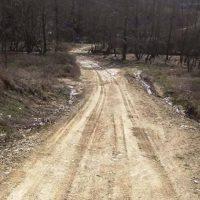 41.000,00 € για την βελτίωση του αγροτικού δρόμου στην περιοχή Βογγόπετρα Σερβίων