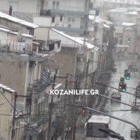 Ασθενής χιονόπτωση το πρωί της Κυριακής στην Κοζάνη – Δείτε το βίντεο