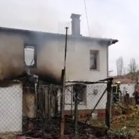 Κάηκε ολοσχερώς μονοκατοικία στον Αλιάκμονα Βοΐου