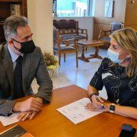 Ο Στάθης Κωνσταντινίδης στην Υφυπουργό Ζέττα Μακρή για την ανάγκη ίδρυσης λυκειακών τάξεων στο Καλλιτεχνικό Σχολείο Κλείτου Κοζάνης και Γυμνασίου στην Εράτυρα Βοΐου