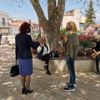 Με πολίτες, αγρότες, επιχειρηματίες, εμπόρους της λαϊκής αγοράς και το Δήμαρχο Σερβίων συναντήθηκε η Π. Βρυζίδου