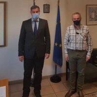 Επίσκεψη του Αντιπεριφερειάρχη Αγροτικής Ανάπτυξης Δυτικής Μακεδονίας στον Αντιπρόεδρο του ΕΛΓΑ για τις ζημιές από την επέλαση του παγετού στα τέλη Μαρτίου