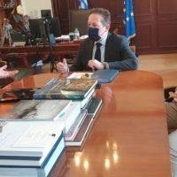 Συνάντηση του Δημάρχου Σερβίων με τον Αν. Υπουργό Εσωτερικών Στέλιο Πέτσα