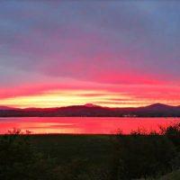 Το εντυπωσιακό ηλιοβασίλεμα με τα υπέροχα χρώματα στην Λίμνη Πολυφύτου
