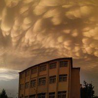 Λάρισα: Τα παράξενα σύννεφα που κάλυψαν τον ουρανό – Δείτε το βίντεο