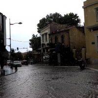 Βίντεο: Νέα ισχυρή νεροποντή στην Κοζάνη – Πλημμύρησαν οι δρόμοι στο κέντρο της πόλης