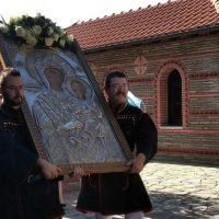 Η Γαλατινή υποδέχτηκε την εικόνα της Παναγίας Μικροκάστρου