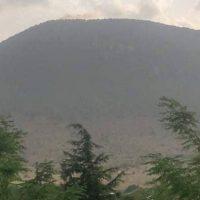 Πυρκαγιά από κεραυνό στην κορυφή του βουνού «Καγιάμπασι» στην Ξηρολίμνη Κοζάνης – Δείτε φωτογραφίες