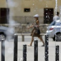 Καύσωνας: Ανακοινώθηκαν τα έκτακτα μέτρα για τους εργαζόμενους – Ποιους αφορούν