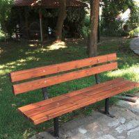 Ξεκίνησε η αντικατάσταση της φθαρμένης ξυλείας των υπαίθριων καθισμάτων στο Δήμο Βοΐου