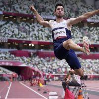 Ιπτάμενος ο Μίλτος Τεντόγλου: Κατέκτησε το χρυσό μετάλλιο στο άλμα εις μήκος στους Ολυμπιακούς Αγώνες του Τόκιο!